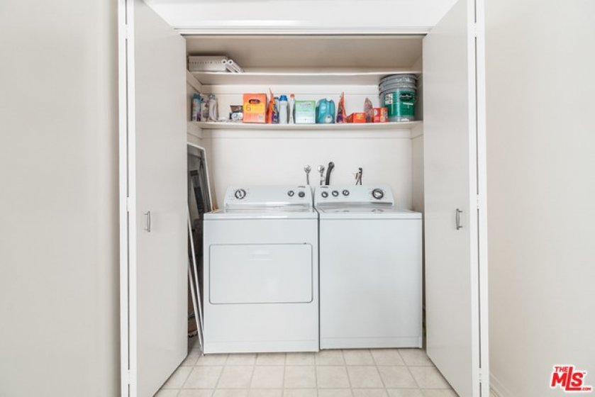 Side-by-Side Washer & Dryer in Unit
