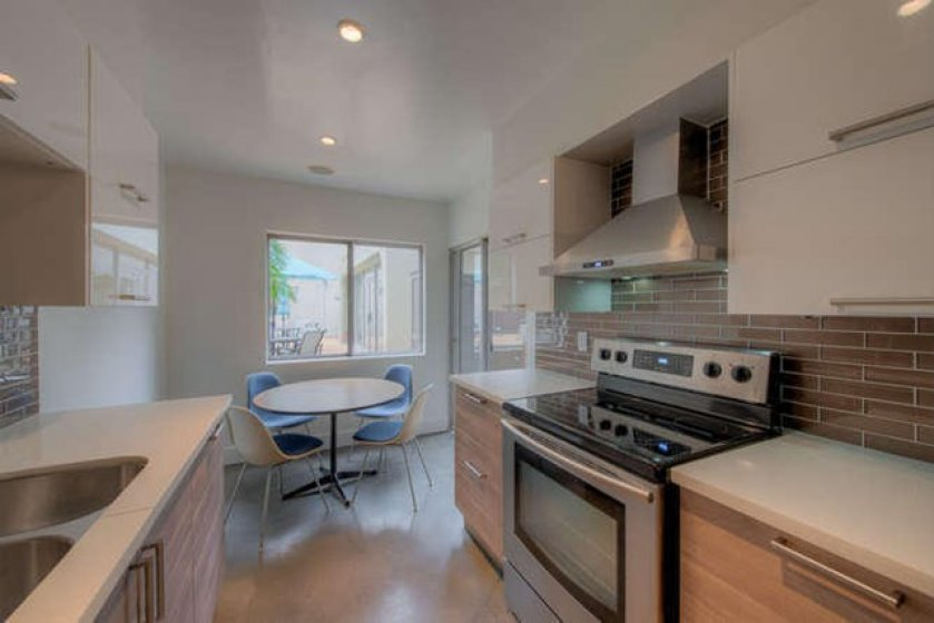 949 N Kings Rd Unit 115 West-small-007-0