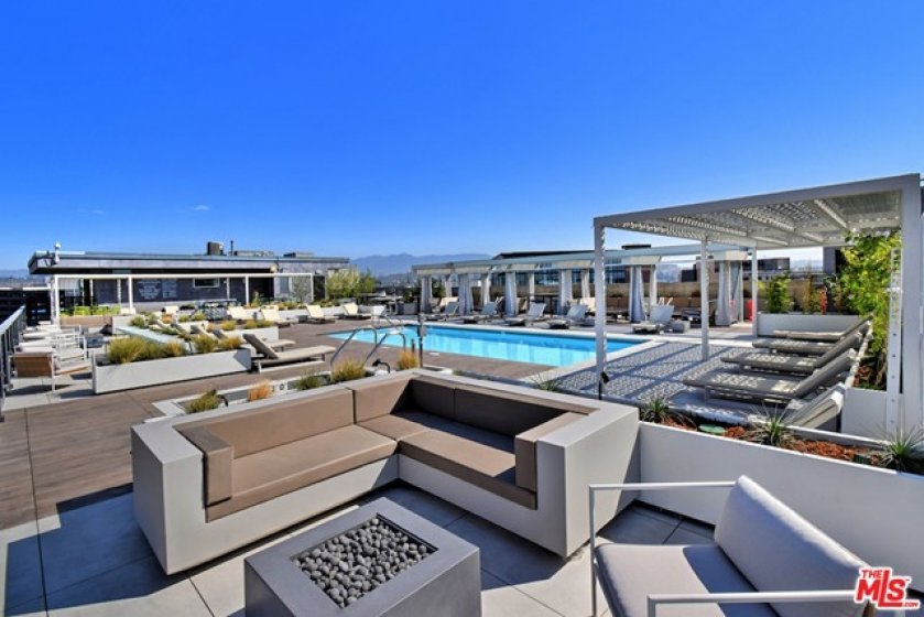 Gorgeous Resort-Style Pool Furniture...