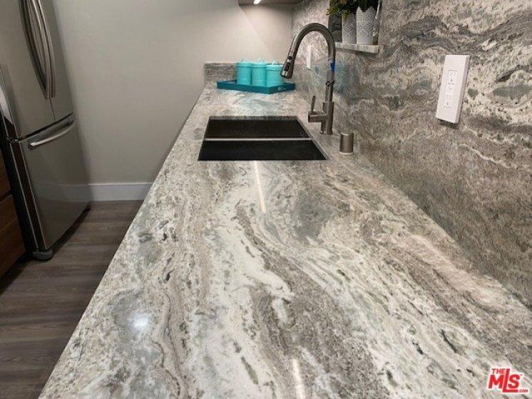Kitchen Cabinet Top