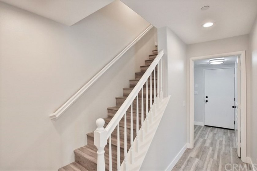 STAIRS FROM GROUND LEVEL TO MAIN LEVEL