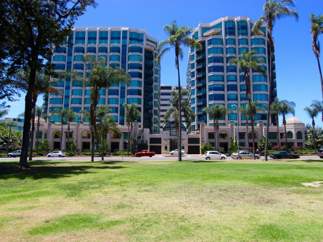 Park Laurel Downtown San Diego