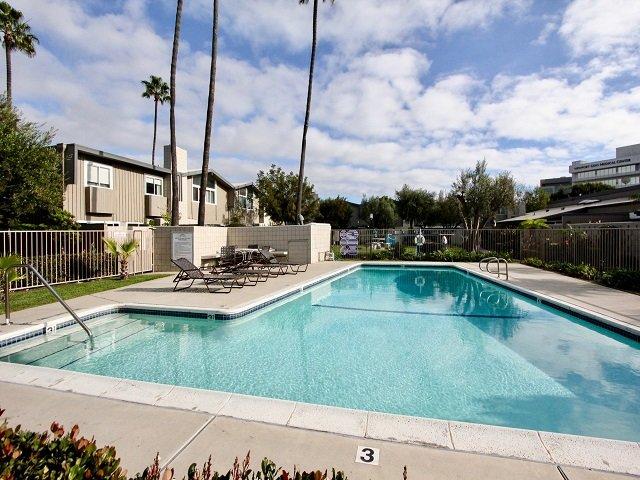 Park Lido Newport Beach