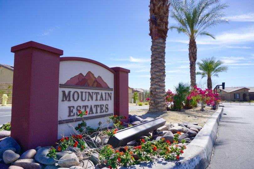 Mountain Estates Community marquee
