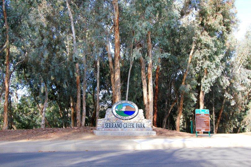 Sign at the entrance of Serrano Park Park