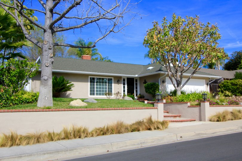This home is located in the Mission Viejo neighborhood of Deane