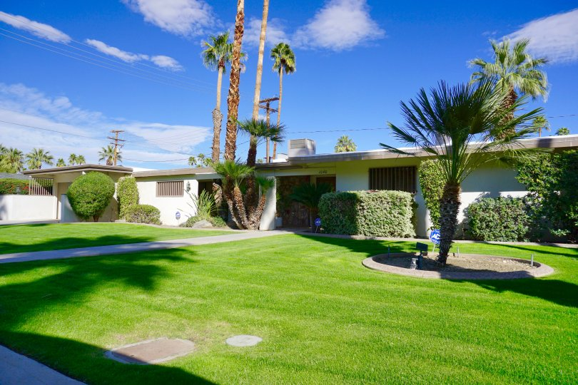 Beautiful home in Deepwell Estates Palm Springs