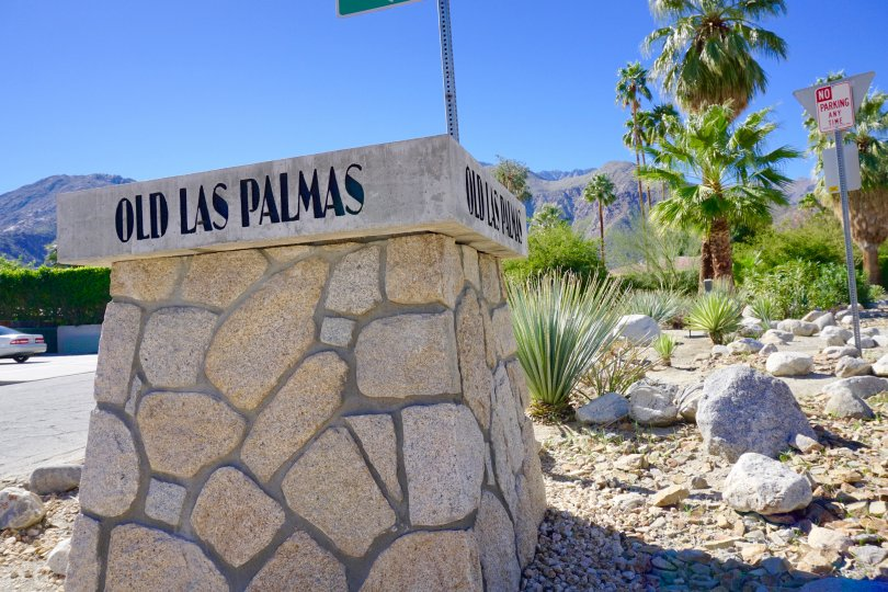 Old Las Palmas Community Marquee