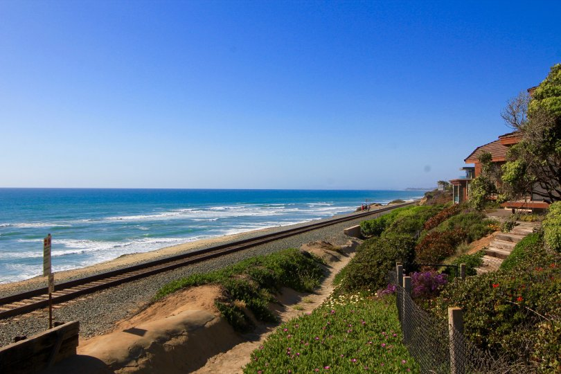 A view of ocean from vantage point at Odle Del Mar Neighborhood