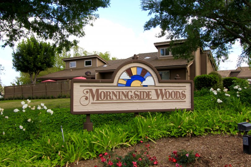 This Morningside Woods Townhouses Community Sign
