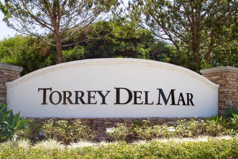 This is Torrey Del Mar Neighborhood Marquee