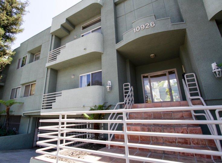 10926 Moorpark St North Hollywood