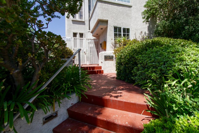 Noble House Sherman Oaks Condos For Sale
