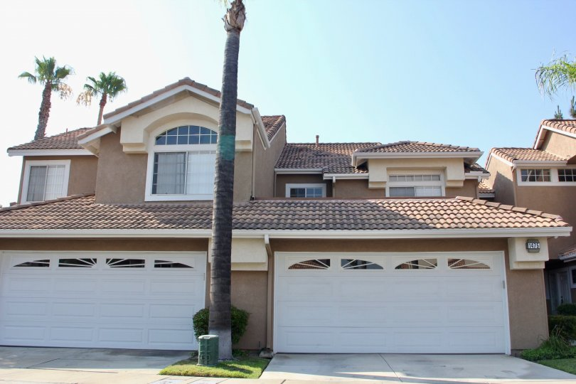 Bella Vista corona California half hided window shapes and slope brown colored roof structure