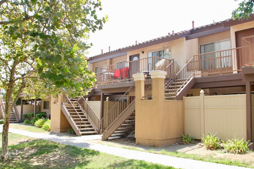 Contadora corona California linear shape building with lots of balcony, steel stepping stairs and gate with beam