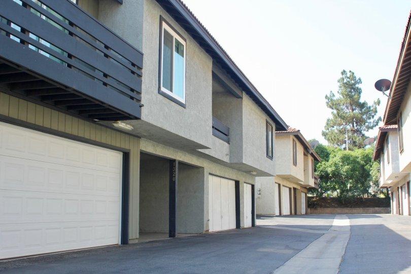 A clean drive way through Oakview apartment, Corona, California
