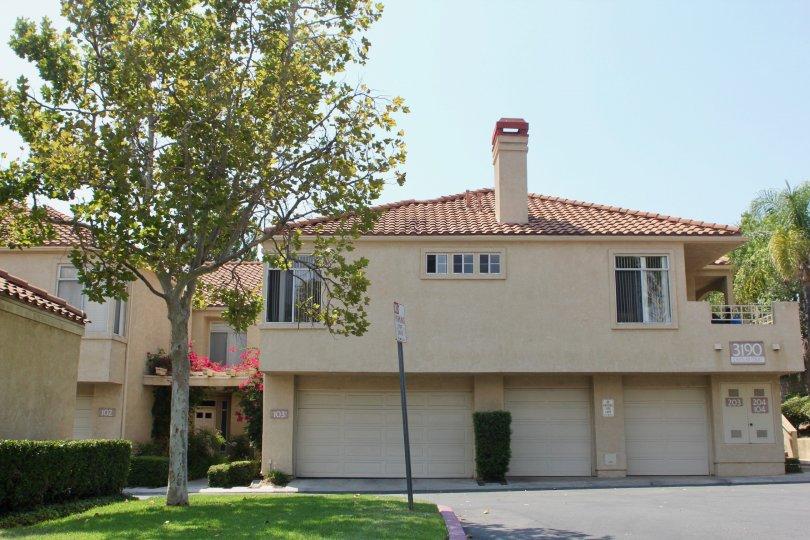 Amazing 2 storey building apartments of The Terraces at Sierra Del Oro, Corona, California
