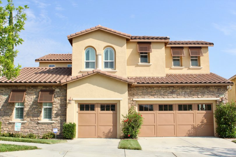 A very good looking big house with parking facilities in trilogy at Glen ivy corona California
