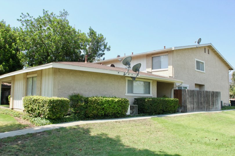 This house is located in Corona California, in the Village Grove Four Plex. It provides a great place to enjoy the sun