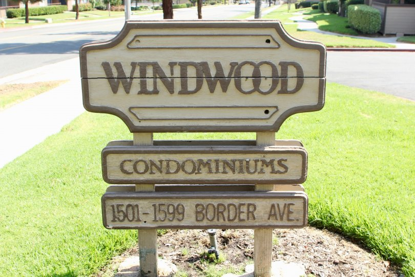 Windwood House Location having welcome Wall at corona City in Califorina