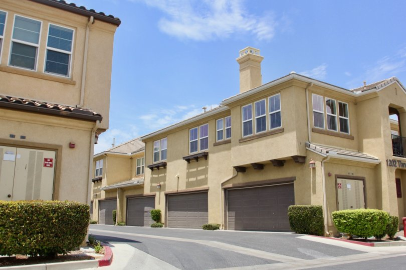 Belcaro's grand apartments in a serene a environment, lake elsinore< California