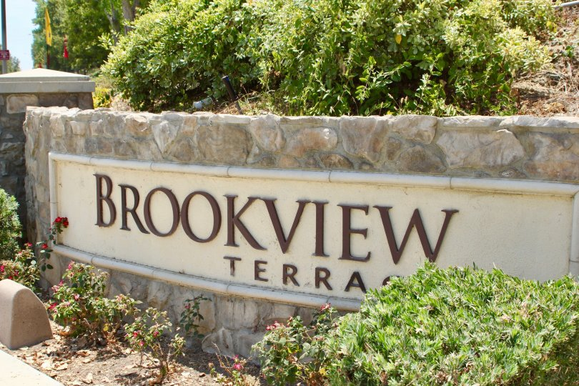 Clear view of the Bookview Terrace sign in Lake Elsinore.