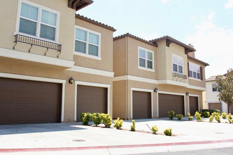 Minimalistic designs of Vista Del Lago apartment builidings, Llake elsinore, California