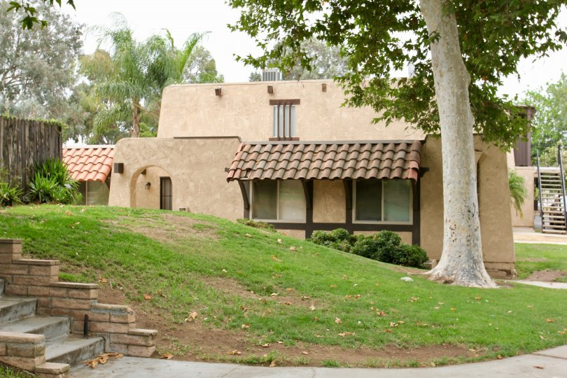 classy cute building in a green surrounding, Lakeview Sunnymead. moreno Valley, California