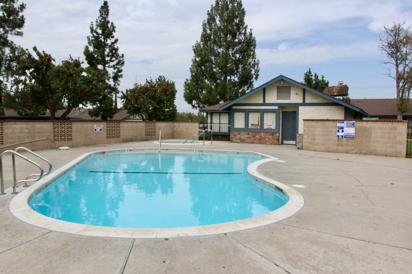 An awesome view of the swimming pool in Olivewood Village, moreno village, California