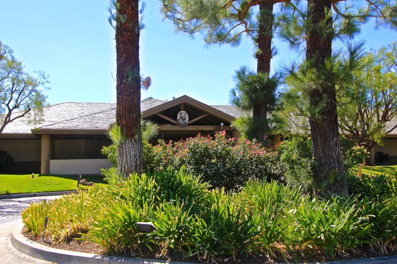 Clear day to see the beautiful landscaped entrance at the Bear Creek Villas in Murrieta California.