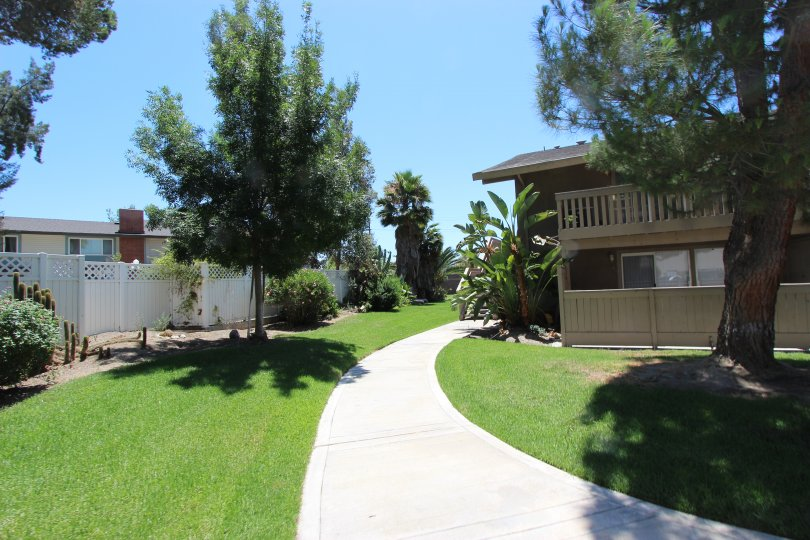Come view this picturesqe 2 story home in Casitas Del Sol. You will want to move right in!