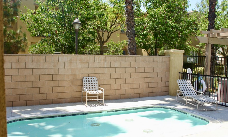 Pool and lounge chairs at Skyview Ridge in Murrieta California