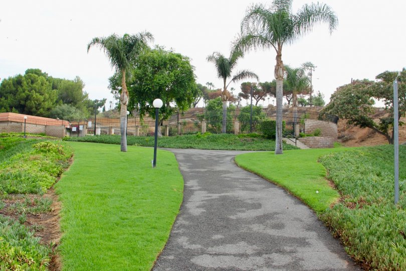 De Anza Verde and her green lawns, riverside, California