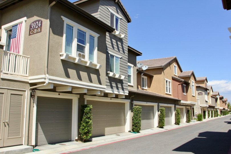 A very good home to live happily with your family in Georgetown square riverside California