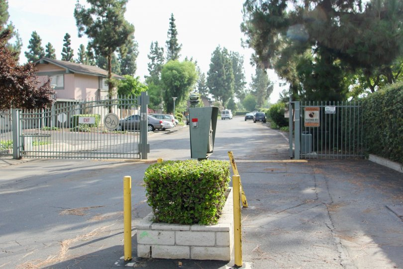 Open gated entrance to the Queen Ann Circle community in Riverside, California