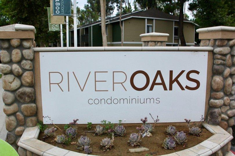 Entrance signage to the amazing River Oaks Condominium, Riverside, California