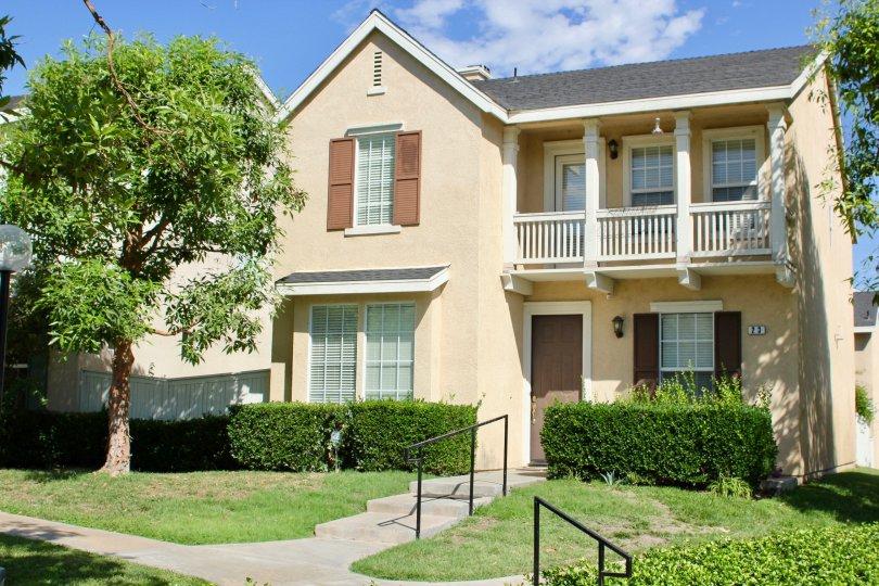 Cute and absolutely airy neighborhood of Savannah, Riverside, California