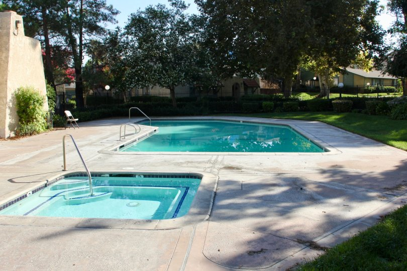 University Greens riverside california swimming pool hot tub