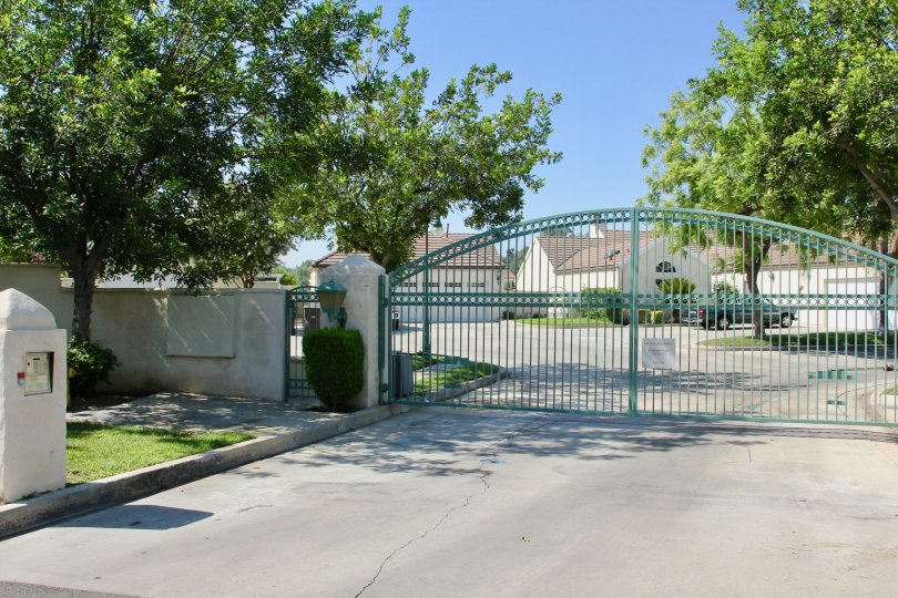 Victoria Fairways amazingly awesome gated community, Riverside, California