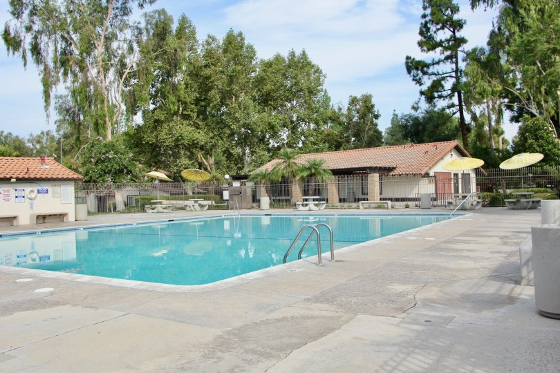 victoria village riverside california swimming pool umbrellas