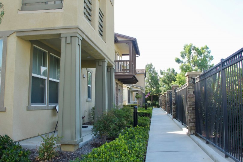 A beautiful side view of units in the Hawthorne community in Temecula, CA
