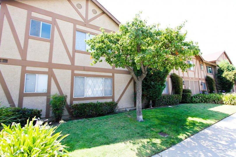 The parking for Almansor Park Estates in Alhambra California