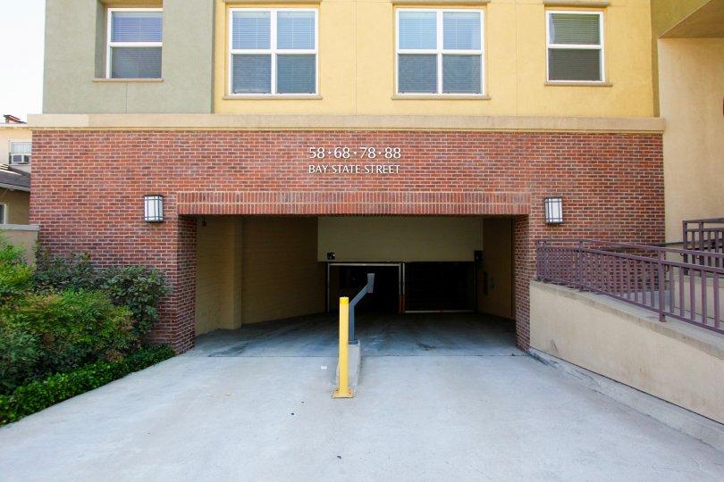 The parking garage for Gateway Walk