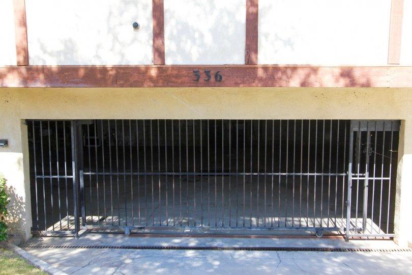The parking for Villa Maison