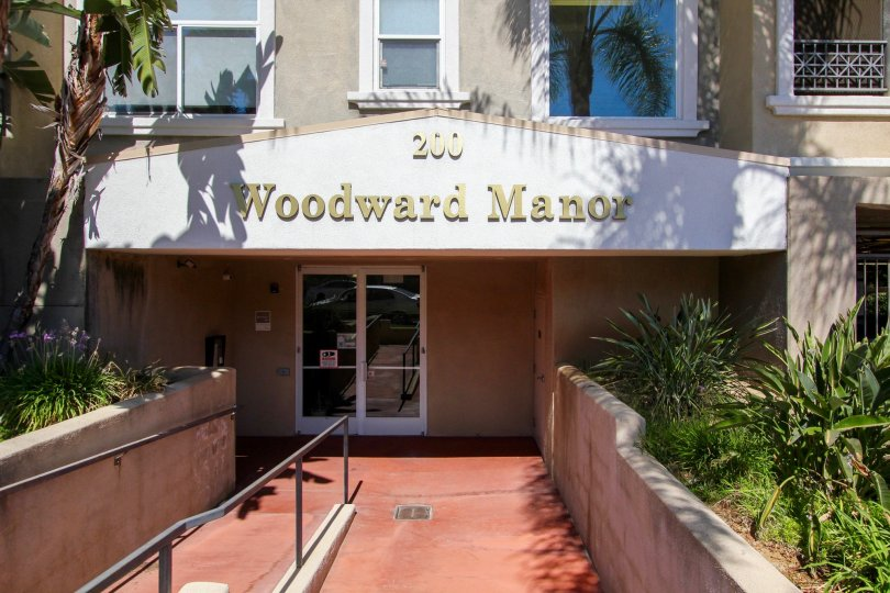 The name and address of Woodward Manor above the entrance