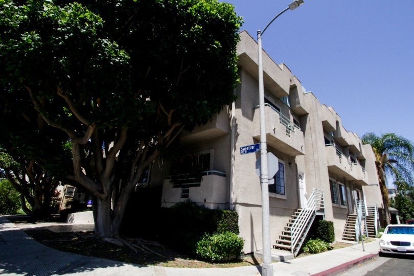 The Sweetzer Villa building in Beverly Center