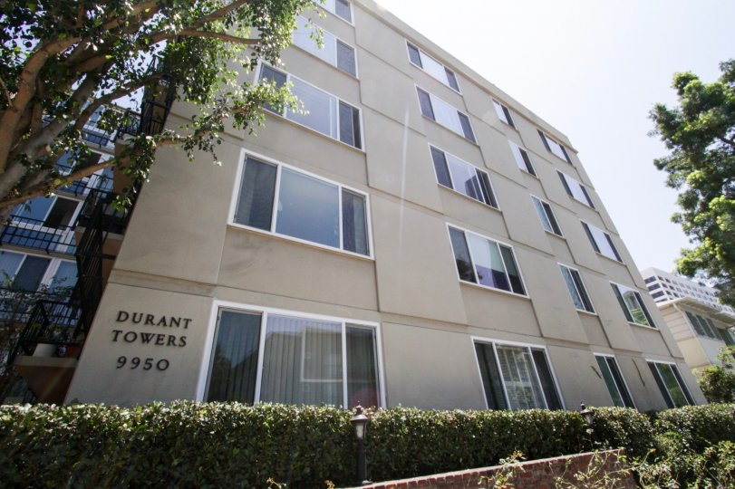 The Durant Towers building in Beverly Hills