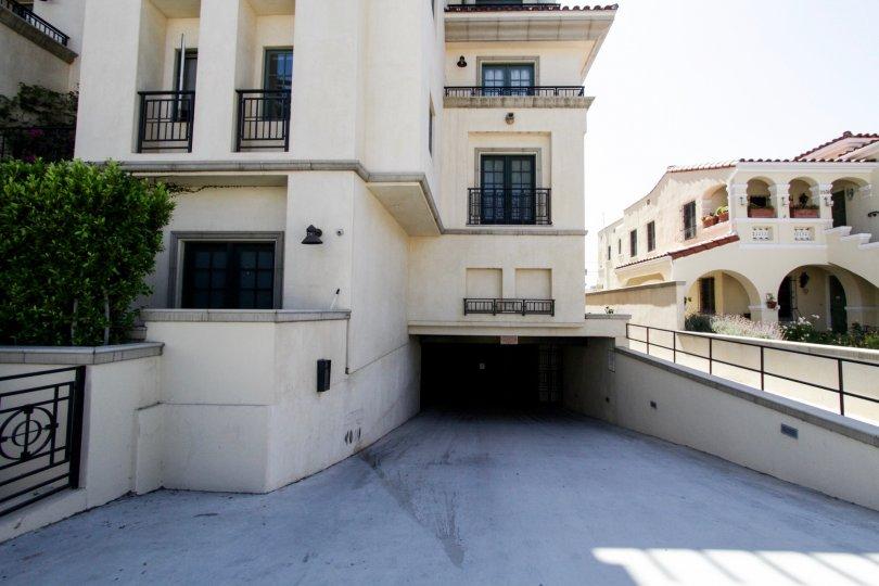 The garage for parking at the Villa Hamilton Park