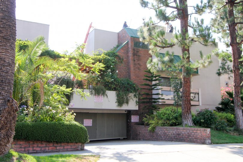 Amazingly beautiful Tower Park building with her front greenery, Beverly Hills California