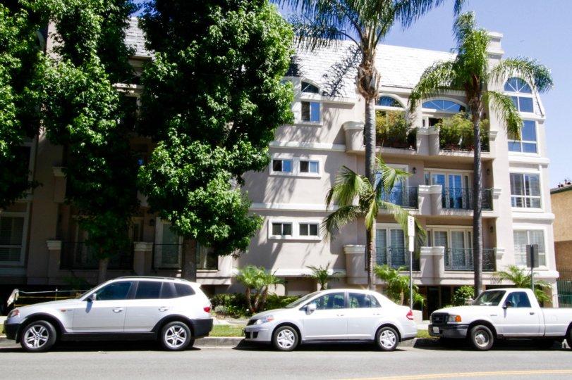 Villa Monet condos in Brentwood